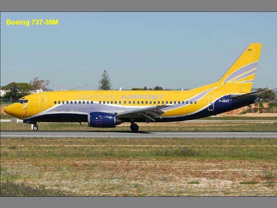 Boeing 737-39M