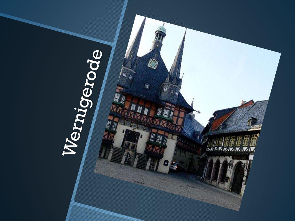 * Wernigerode liegt im nordöstlichen Ende des Harzes mitten in Deutschlandam Fuße des Brocken.