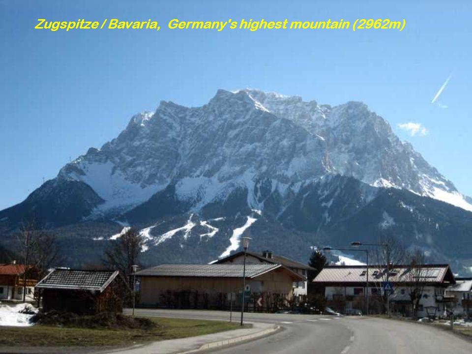 Zugspitze / Bavaria, Germany s highest mountain (2962m)