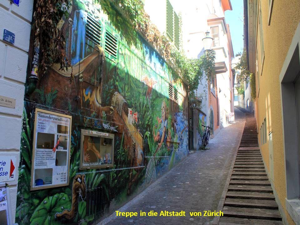 Treppe in die Altstadt von Zürich