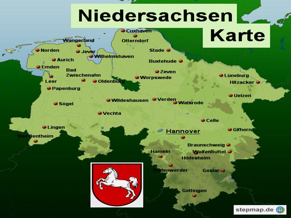 Es ist im Westen Deutschland.Es hat die *zweitgröβte(second largest)* Land.