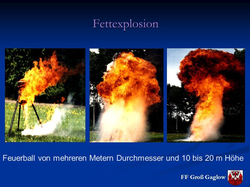 Fettexplosion Löschen: Außenflächen der Behälter massiv kühlen, Schaum, Pulver, CO2, Deckel drauf.