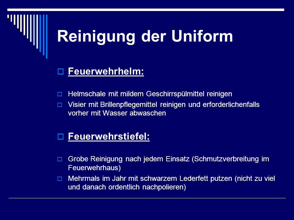 Reinigung der Uniform Feuerwehrhelm: Feuerwehrstiefel: