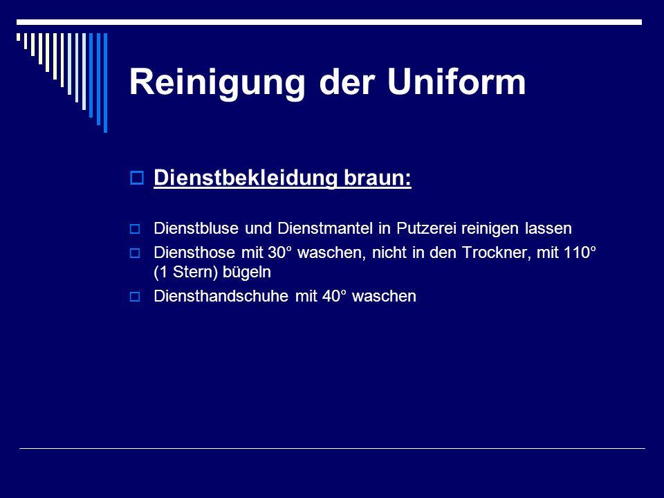 Reinigung der Uniform Dienstbekleidung braun: