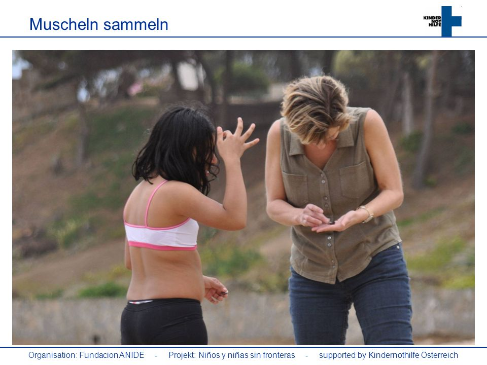 Muscheln sammeln Organisation: Fundacion ANIDE - Projekt: Niños y niñas sin fronteras - supported by Kindernothilfe Österreich.