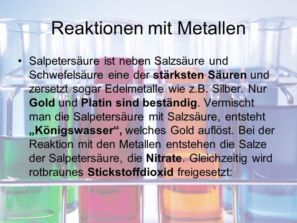 Reaktionen mit Metallen