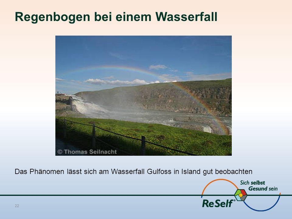 Regenbogen bei einem Wasserfall