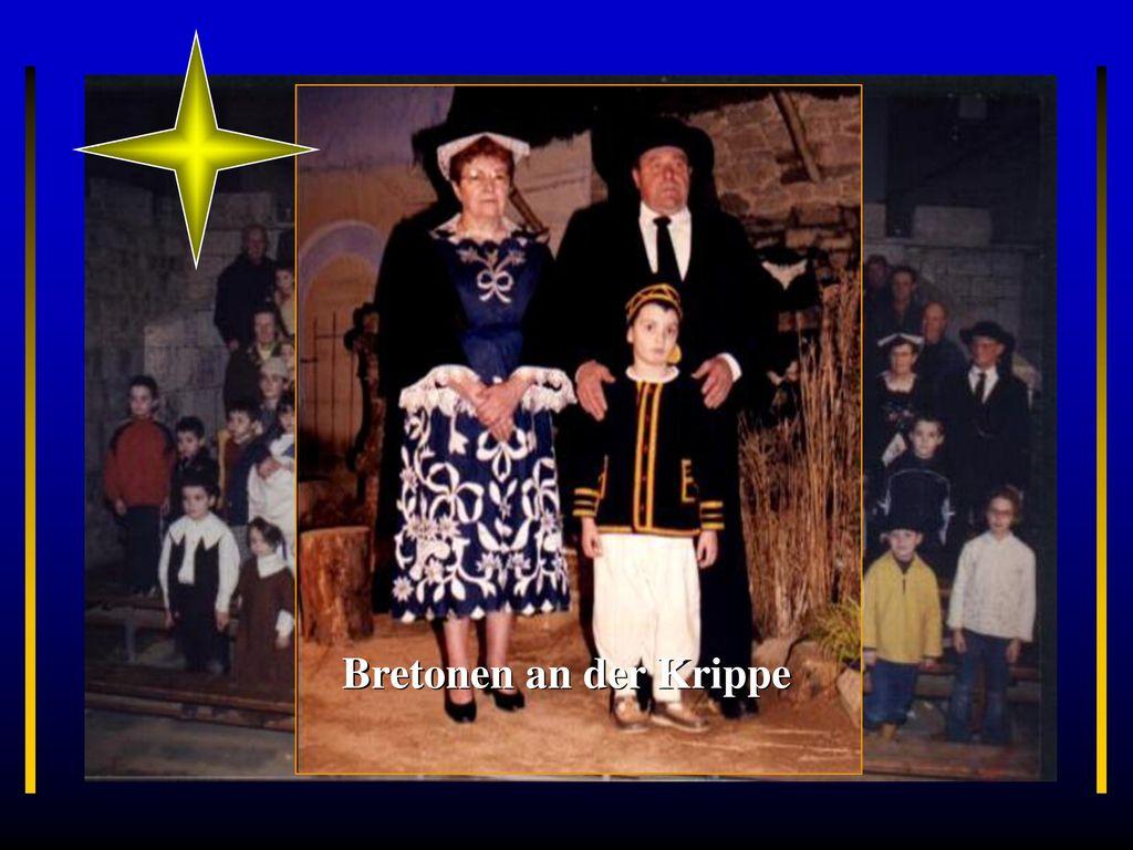 Rennes Burgund Ste-Anne-D´Auray Bretonen an der Krippe