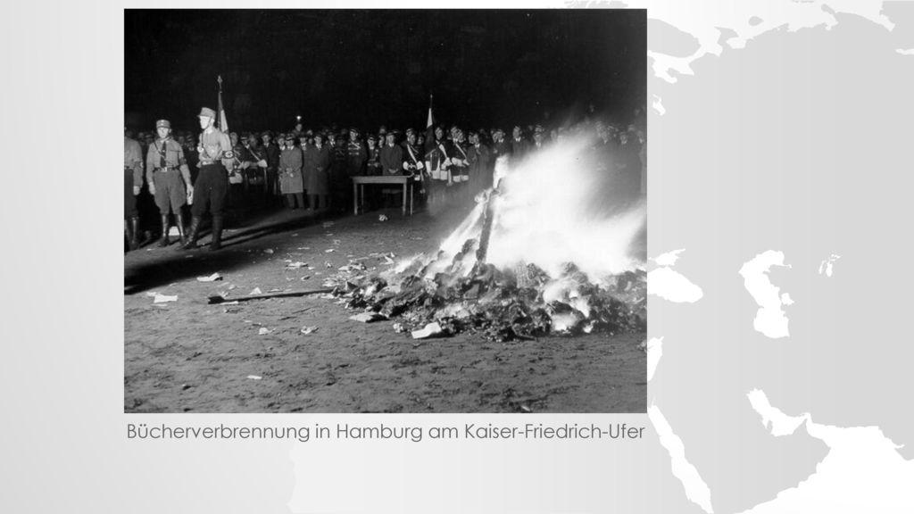 Bücherverbrennung in Hamburg am Kaiser-Friedrich-Ufer