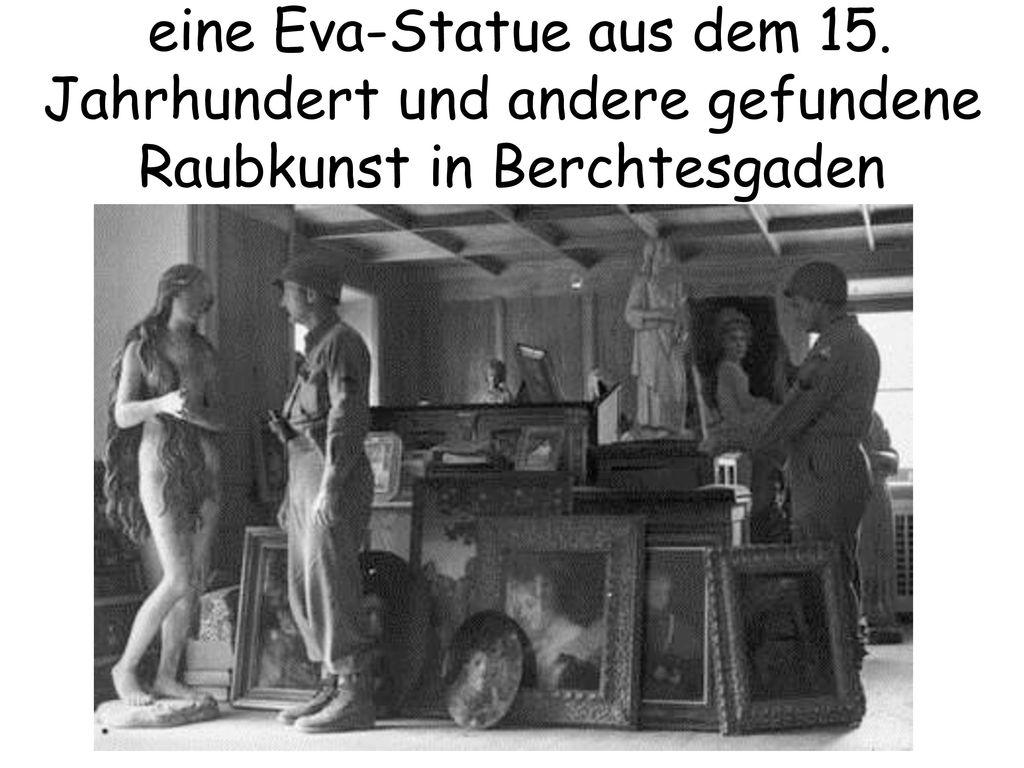 eine Eva-Statue aus dem 15