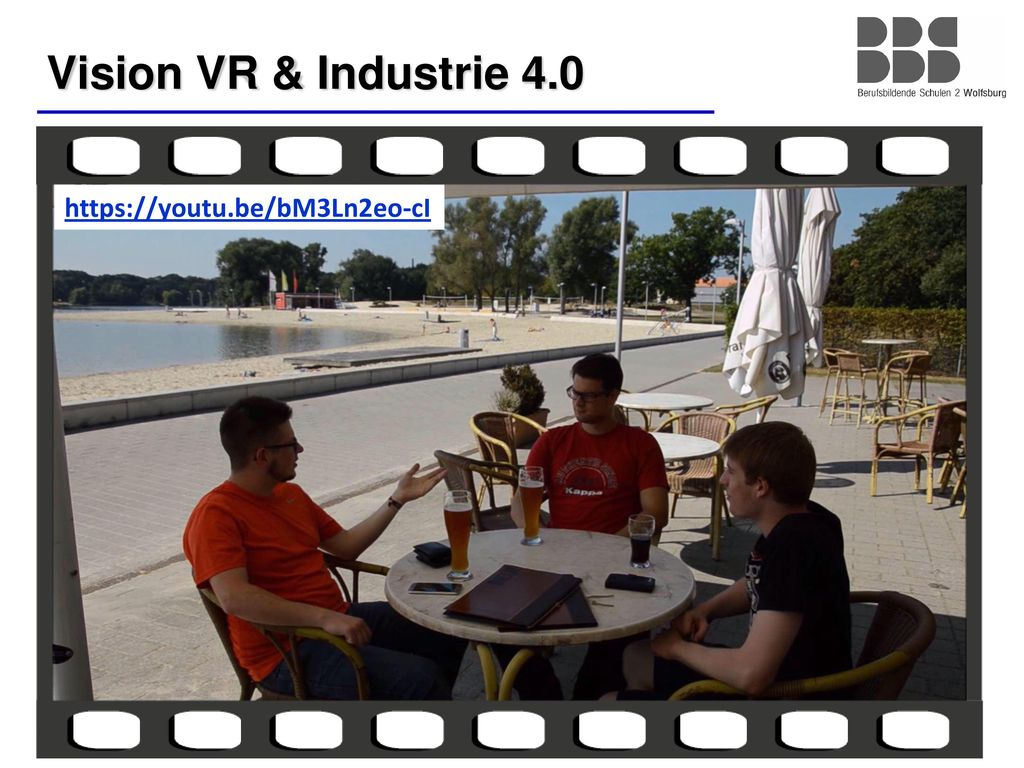 Vision VR & Industrie 4.0 https://youtu.be/bM3Ln2eo-cI