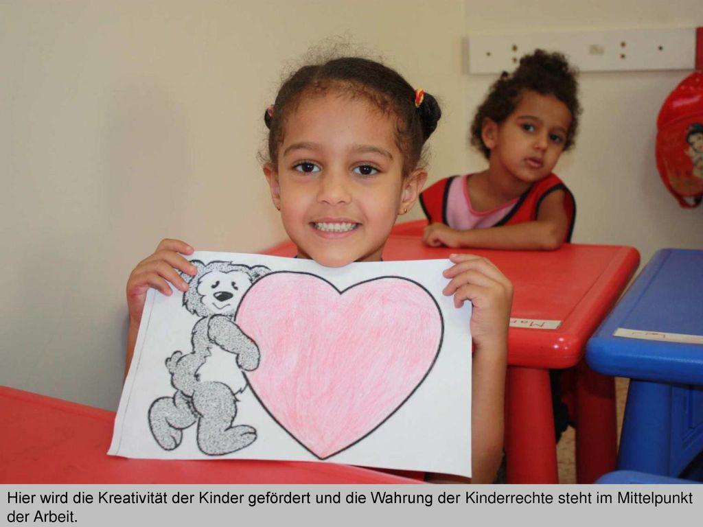 Hier wird die Kreativität der Kinder gefördert und die Wahrung der Kinderrechte steht im Mittelpunkt der Arbeit.