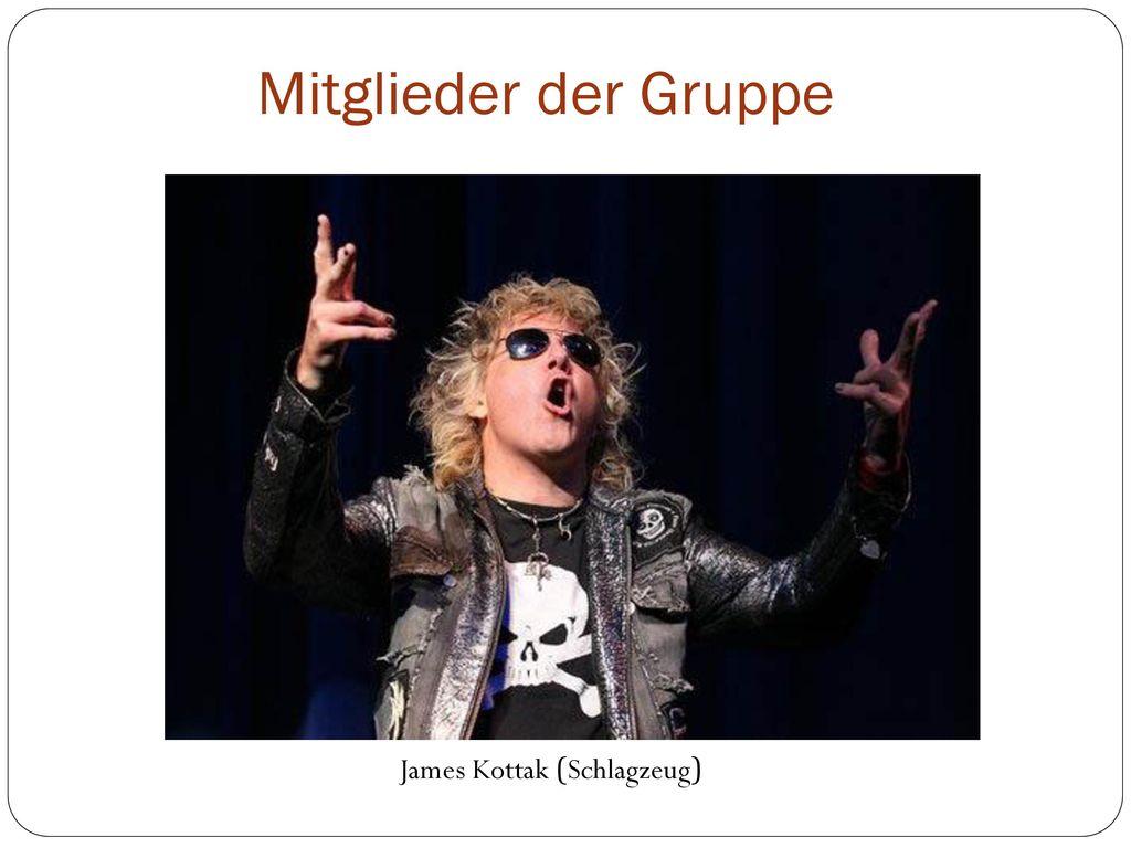 Mitglieder der Gruppe James Kottak (Schlagzeug)