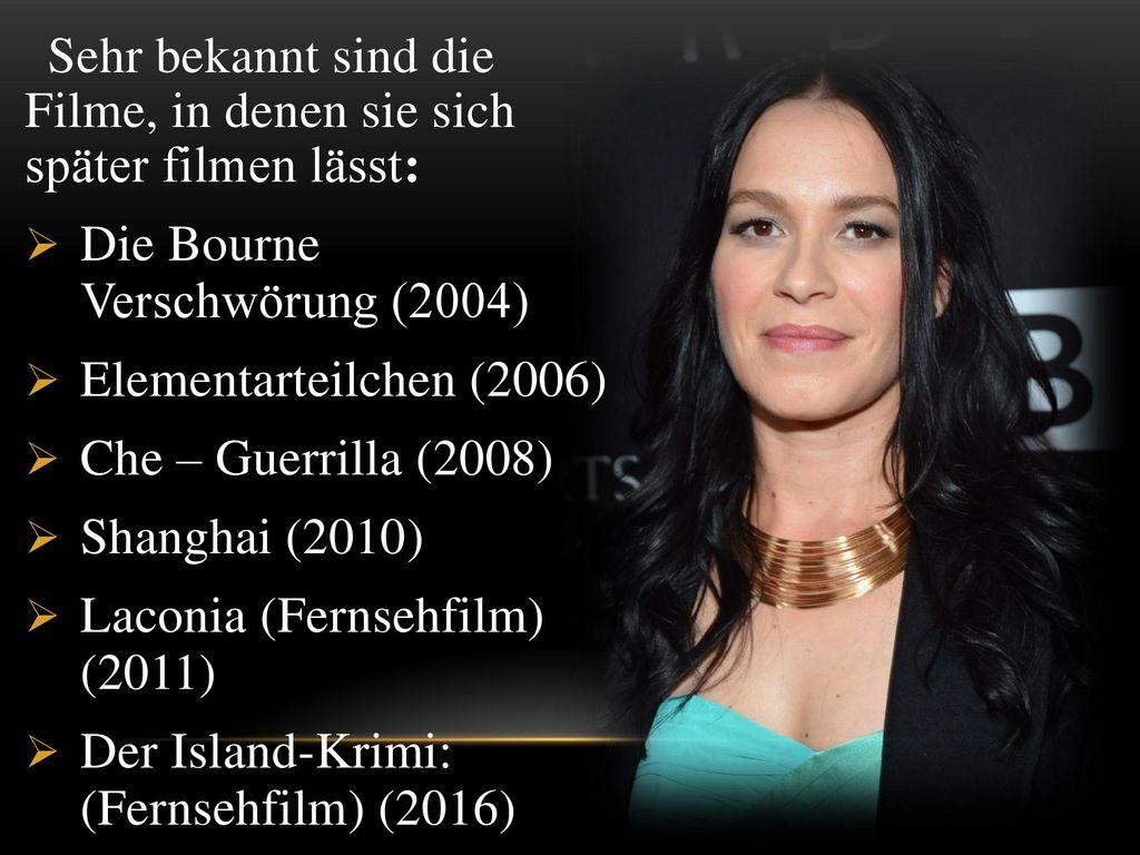 Sehr bekannt sind die Filme, in denen sie sich später filmen lässt:
