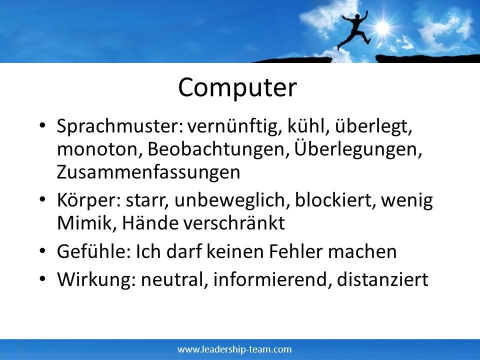 Computer Sprachmuster: vernünftig, kühl, überlegt, monoton, Beobachtungen, Überlegungen, Zusammenfassungen.