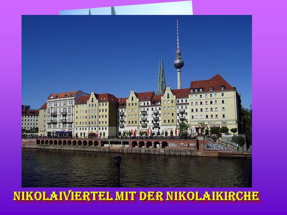 Nikolaiviertel mit der Nikolaikirche