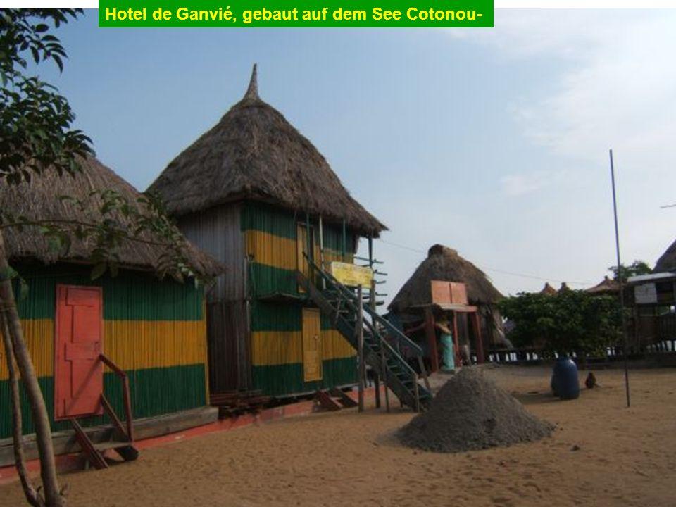 Hotel de Ganvié, gebaut auf dem See Cotonou-