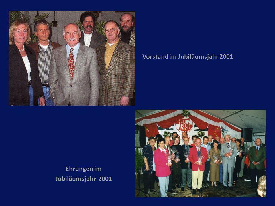 Vorstand im Jubiläumsjahr 2001