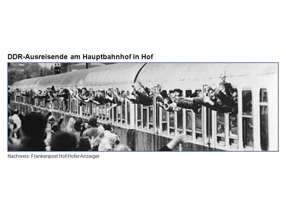 DDR-Ausreisende am Hauptbahnhof in Hof