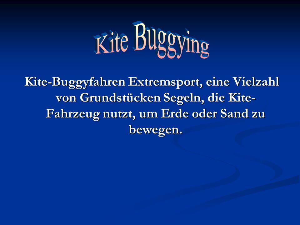 Kite Buggying Kite-Buggyfahren Extremsport, eine Vielzahl von Grundstücken Segeln, die Kite-Fahrzeug nutzt, um Erde oder Sand zu bewegen.