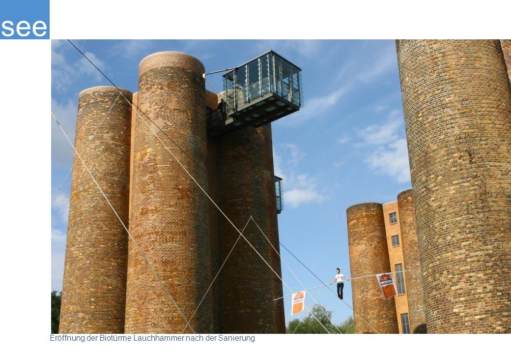 Von 2005 bis 2008 wurden die Türme mit Mitteln des europäischen EFRE-Fonds und der Braunkohle-Sanierung instandgesetzt. In einer der Röhren kann man nun ganz nach oben steigen und den Türmen über den Kragen gucken. Als besonderes architektonisches Highlight wurden dieser Turmgruppe zwei Aussichtskanzeln aus Stahl und Glas angehängt.