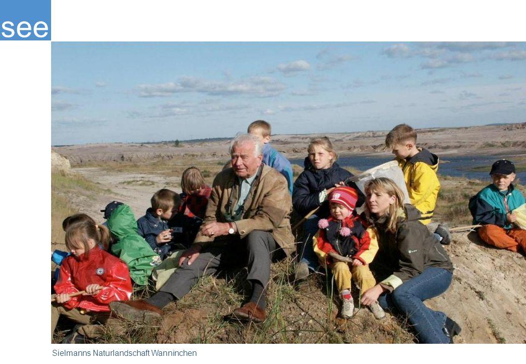 Prof. Heinz Sielmann begeisterte sich als einer der Ersten für das große ökologische Entwicklungspotenzial, das sich in den durch Braunkohleabbau geschundenen Landschaften in der Niederlausitz verbirgt. Hier, wo innerhalb weniger Jahrzehnte das vernichtet wurde, was die Erde in Jahrmillionen geschaffen hatte, wurde die Heinz Sielmann Stiftung aktiv.
