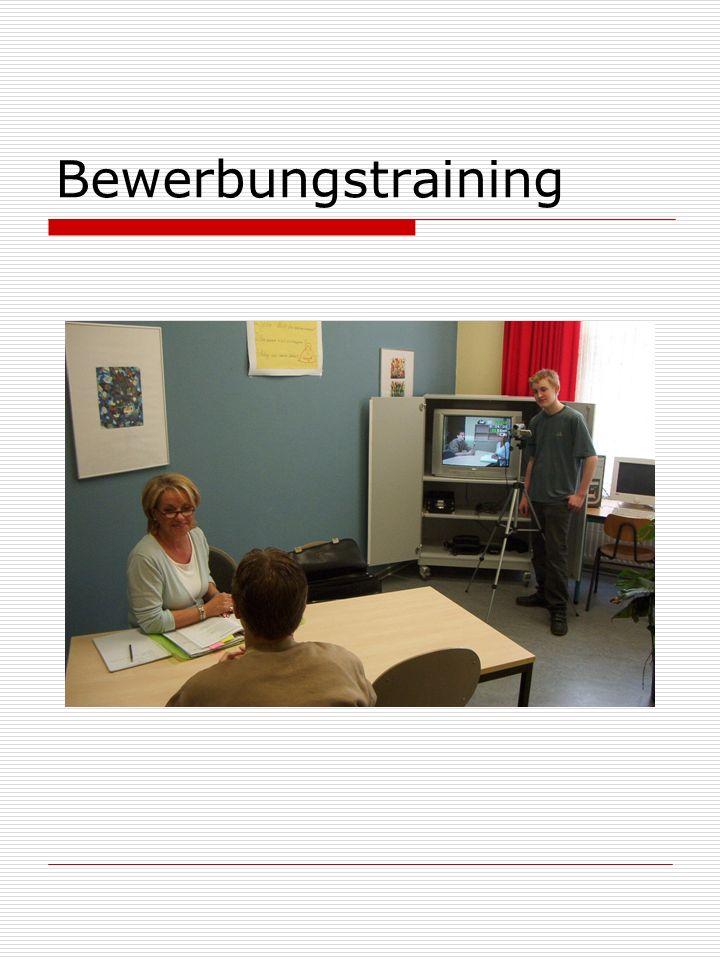 Fortbildung Die Fortbildungsplanung unserer Schule erfolgt in den Fachkonferenzen. Die Fragen, welche Kompetenzen.
