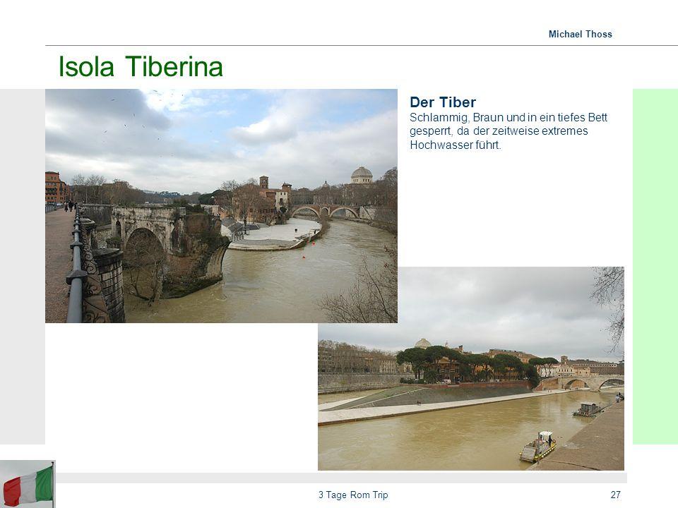 Isola Tiberina Der Tiber Schlammig, Braun und in ein tiefes Bett gesperrt, da der zeitweise extremes Hochwasser führt.