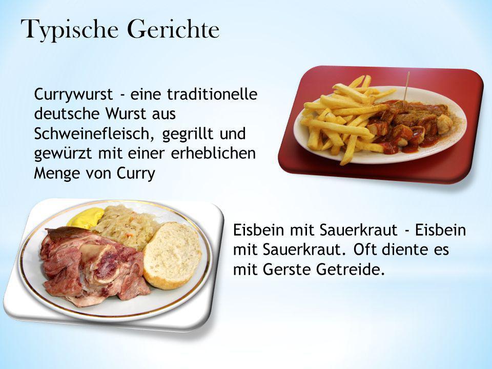 Typische Gerichte Currywurst - eine traditionelle deutsche Wurst aus Schweinefleisch, gegrillt und gewürzt mit einer erheblichen Menge von Curry.