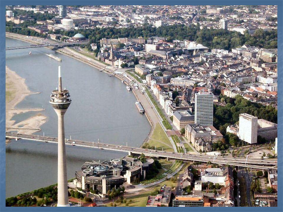 Die Heimatstadt von Heinrich Heine heiβt .... .