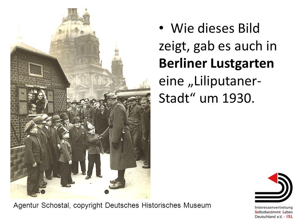 """Wie dieses Bild zeigt, gab es auch in Berliner Lustgarten eine """"Liliputaner-Stadt um 1930."""