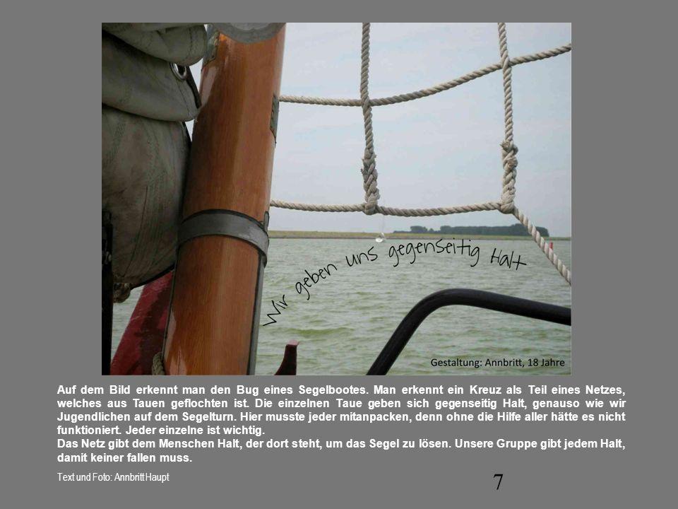 Auf dem Bild erkennt man den Bug eines Segelbootes
