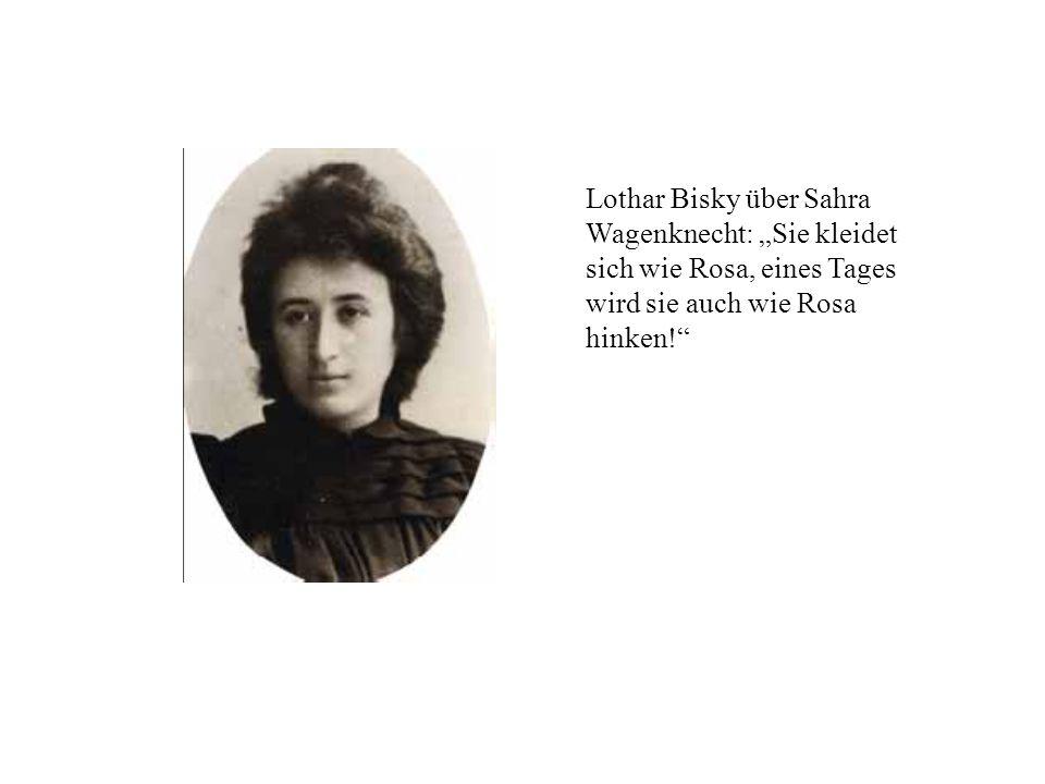 """Lothar Bisky über Sahra Wagenknecht: """"Sie kleidet sich wie Rosa, eines Tages wird sie auch wie Rosa hinken!"""