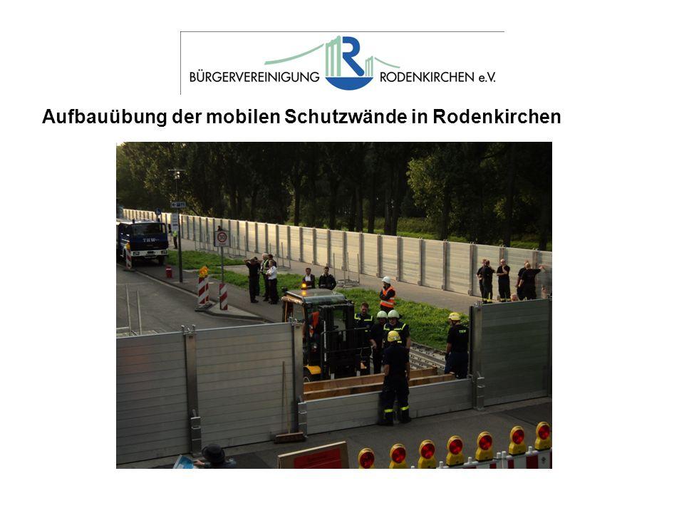 Aufbauübung der mobilen Schutzwände in Rodenkirchen