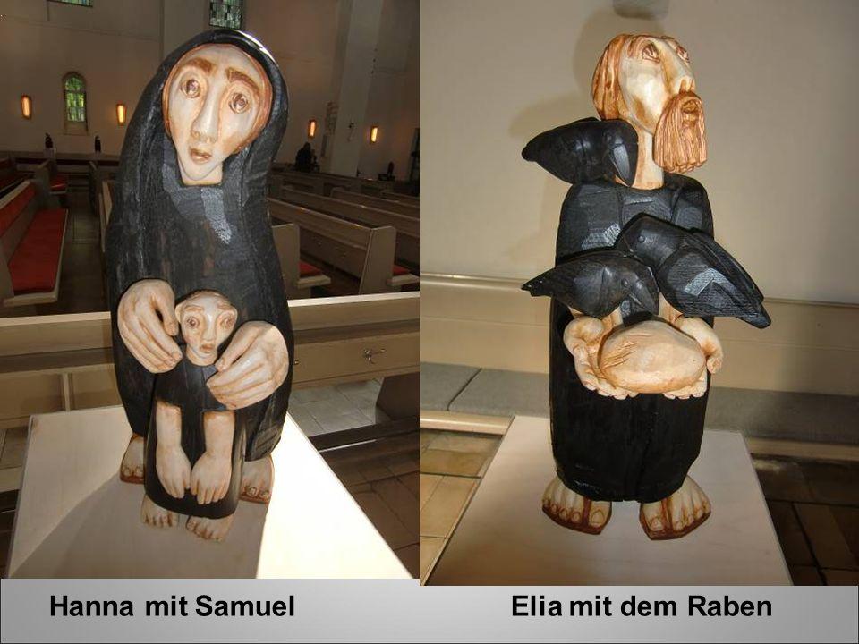 Hanna mit Samuel Elia mit dem Raben