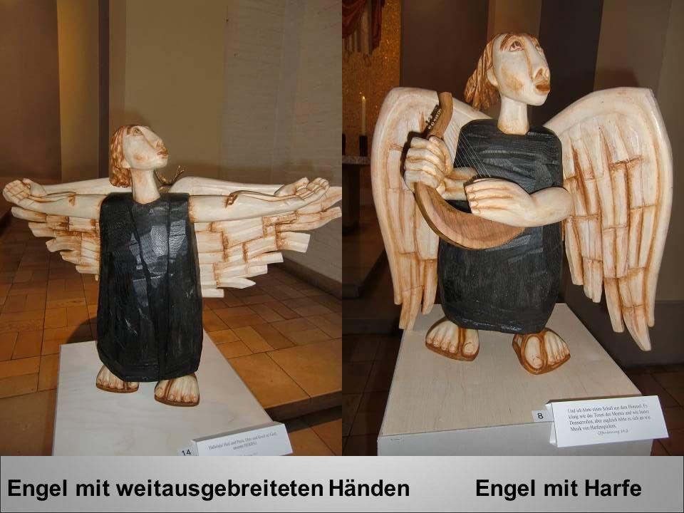 Engel mit weitausgebreiteten Händen Engel mit Harfe