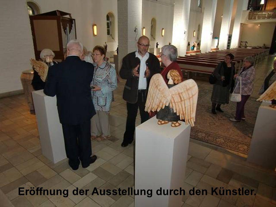 Eröffnung der Ausstellung durch den Künstler.