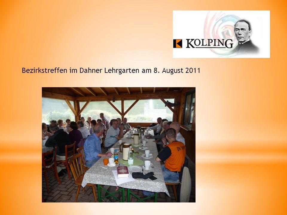 Bezirkstreffen im Dahner Lehrgarten am 8. August 2011