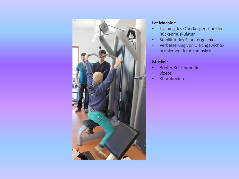 Lat Machine Training des Oberkörpers und der Rückenmuskulatur. Stabilität des Schultergelenks.