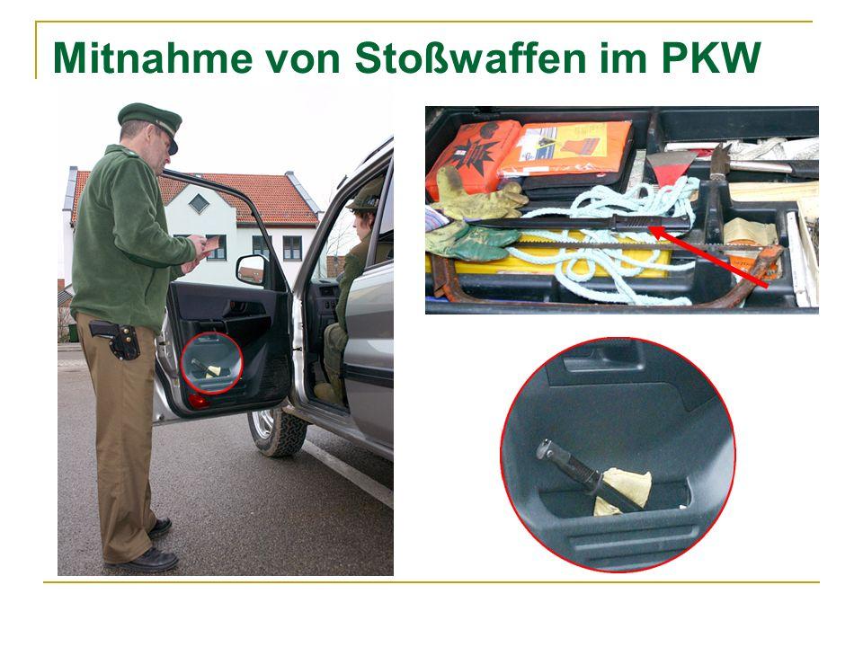 Mitnahme von Stoßwaffen im PKW