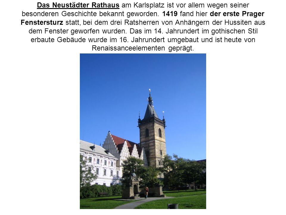 Das Neustädter Rathaus am Karlsplatz ist vor allem wegen seiner besonderen Geschichte bekannt geworden.