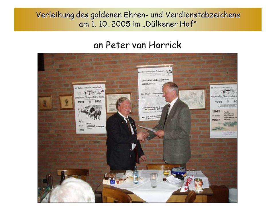 Verleihung des goldenen Ehren- und Verdienstabzeichens am 1. 10