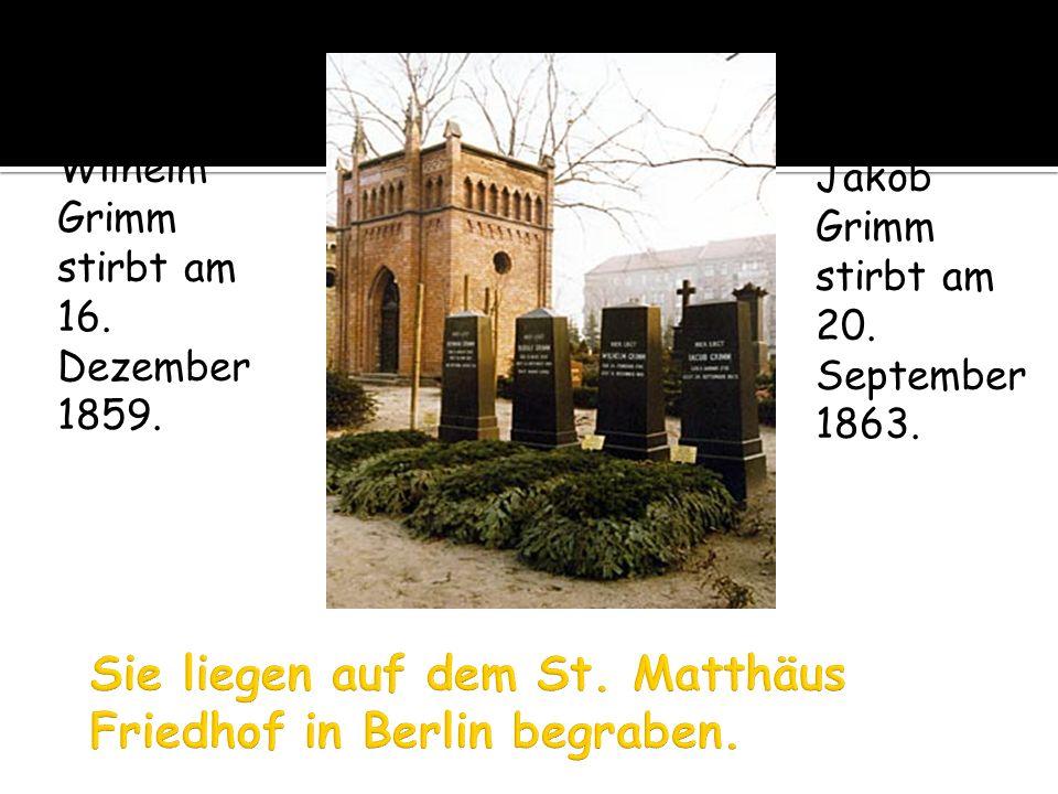 Sie liegen auf dem St. Matthäus Friedhof in Berlin begraben.