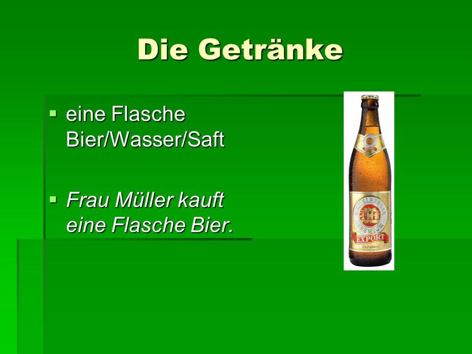 Die Getränke eine Flasche Bier/Wasser/Saft