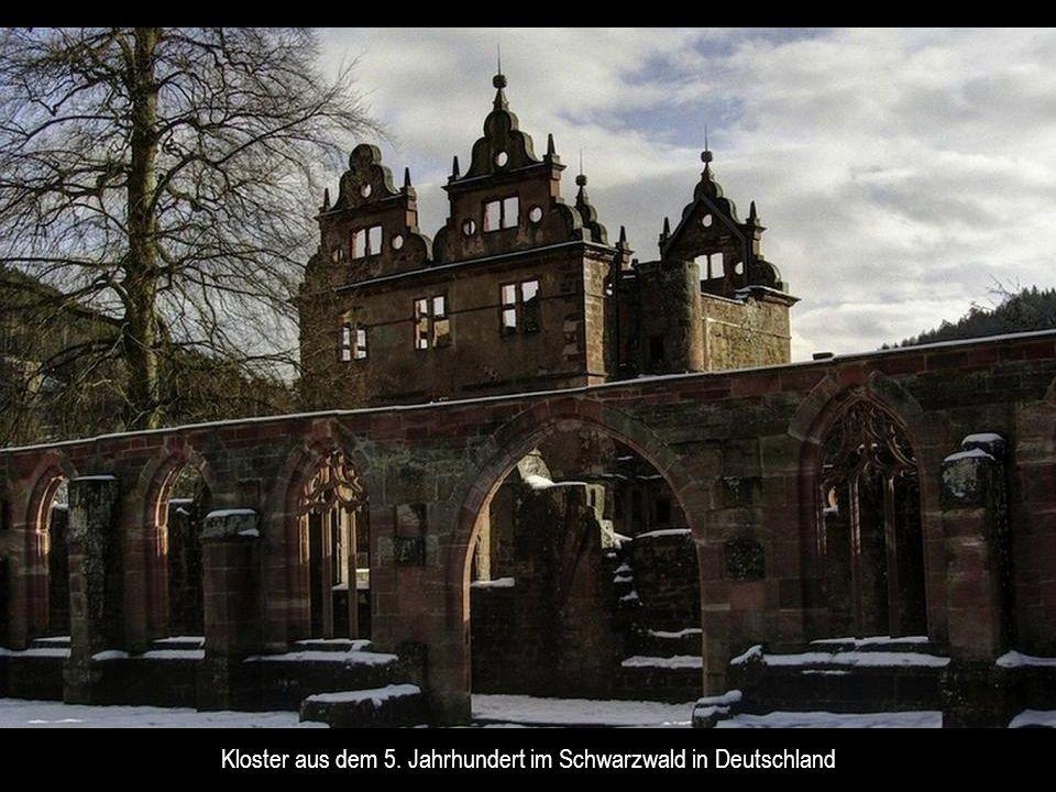 Kloster aus dem 5. Jahrhundert im Schwarzwald in Deutschland