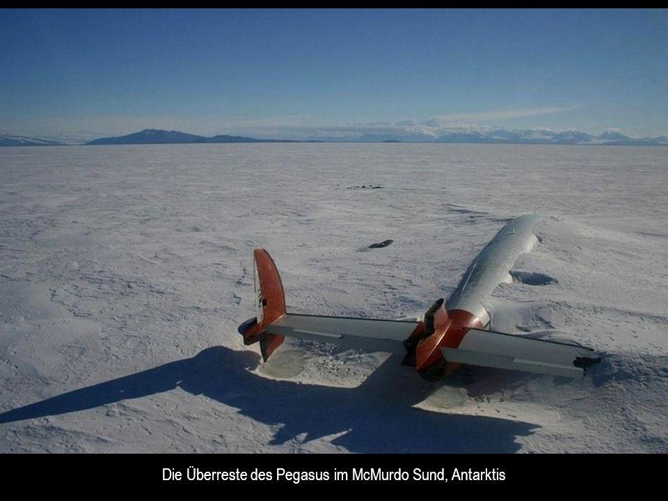 Die Überreste des Pegasus im McMurdo Sund, Antarktis