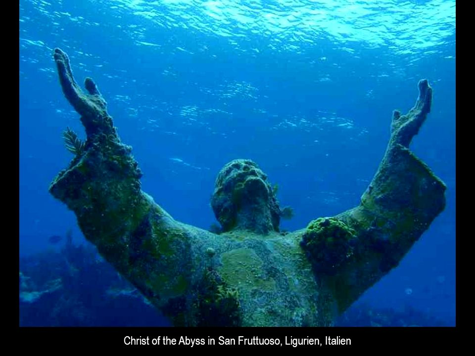 Christ of the Abyss in San Fruttuoso, Ligurien, Italien