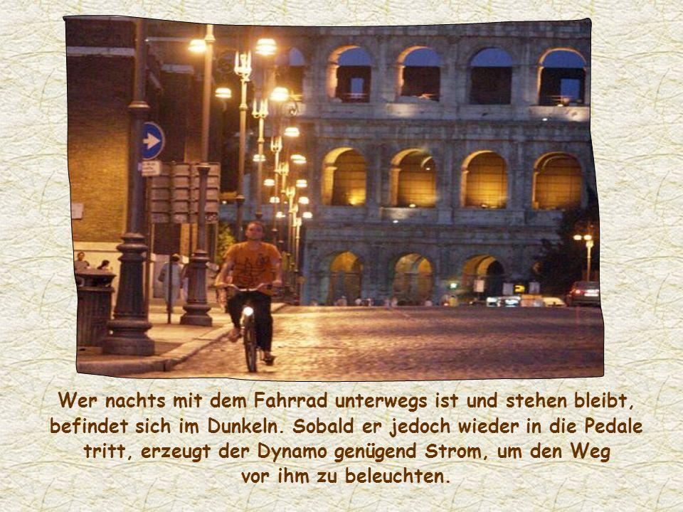 Wer nachts mit dem Fahrrad unterwegs ist und stehen bleibt, befindet sich im Dunkeln.