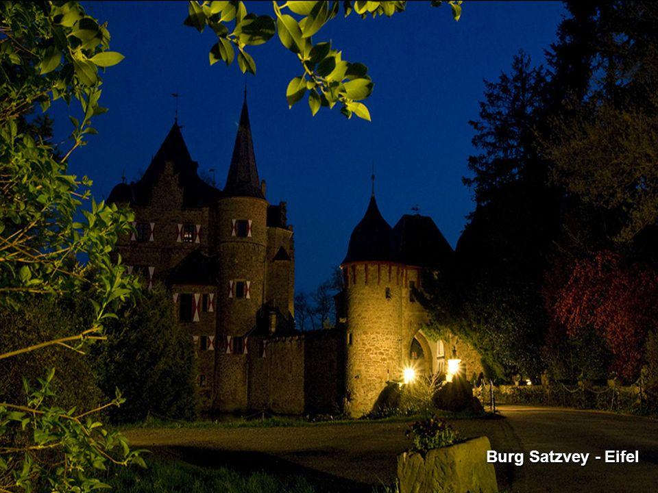 Burg Satzvey - Eifel