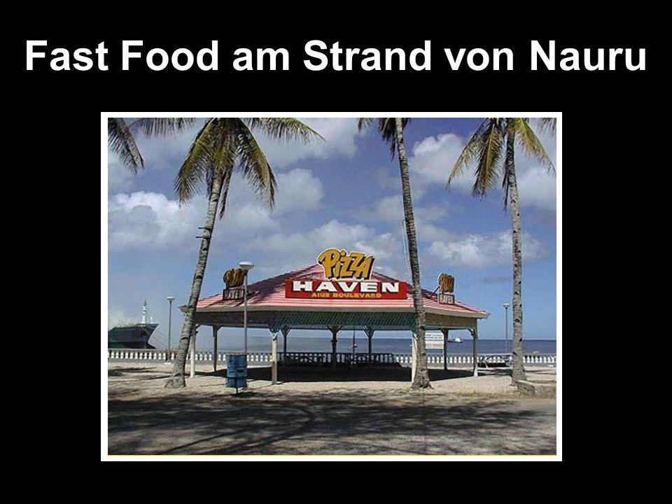 Fast Food am Strand von Nauru